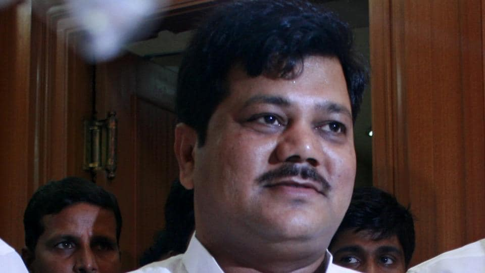The leader of opposition in Maharashtra Legislative Council and state BJP leader Pravin Darekar on Thursday has accused Sena-NCP of trying to destroy their ally Congress in the state by ignoring the latter's demands.