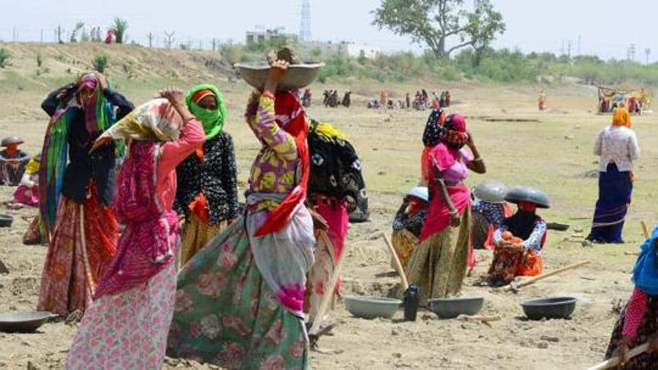 As per Labour Minister Santosh Gangwar, the increase in Consumer Price Index-Agricultural Labourers  and Consumer Price Index-Rural Labourer will have a positive impact on the wages of the workers in rural sector.
