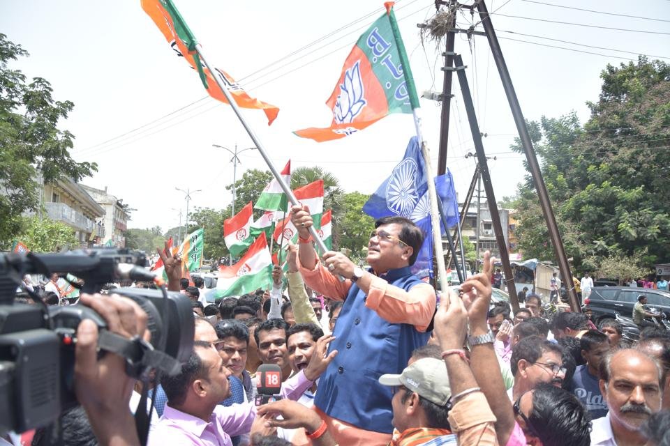 BJP leader Pravin Darekar, on Tuesday, accused the ruling Shiv Sena and NCP of trying to overpower their ally Congress in the state by ignoring its demands.