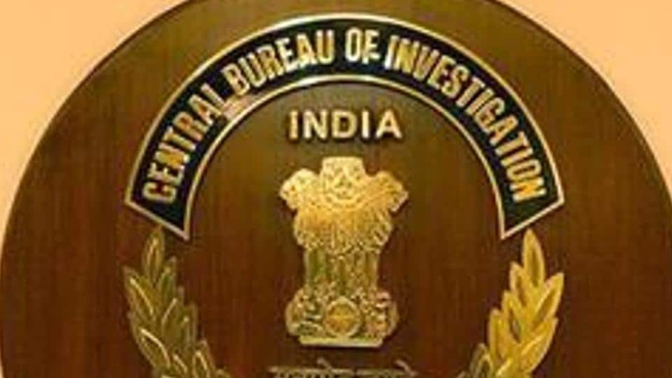 A senior Central Bureau of Investigation officer said that contractors paid bribes to government engineers in cash by withdrawing money from bank accounts and even through banking transactions.