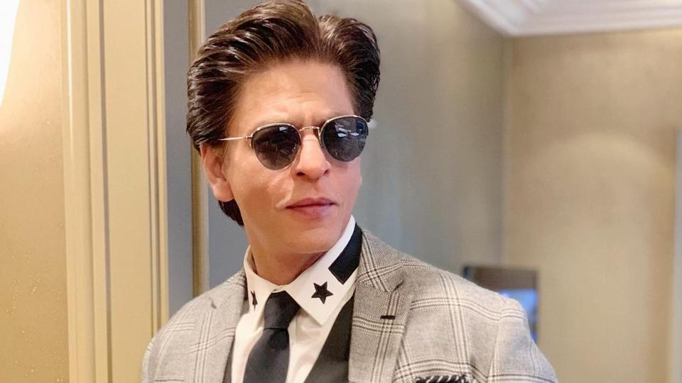When Shah Rukh Khan opened up on his parents' deaths: 'I didn't know what to do, empty house without them used to come to bite us'