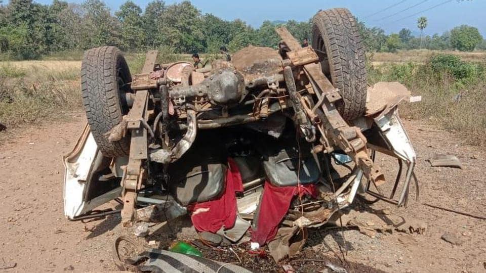 2 civilians hurt as Maoists blow up SUV in Chhattisgarh's Bijapur district