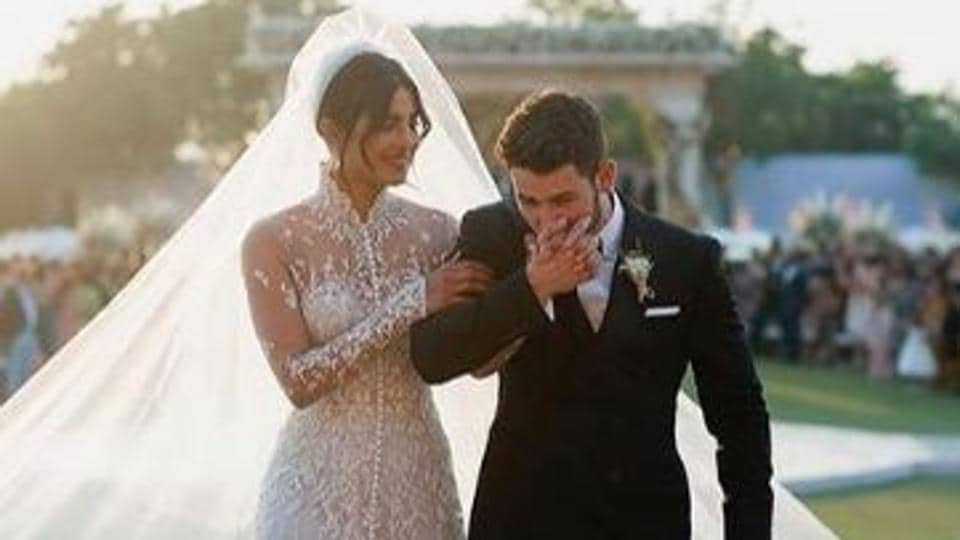 Priyanka Chopra and Nick Jonas share special messages for each other on 2nd anniversary:...