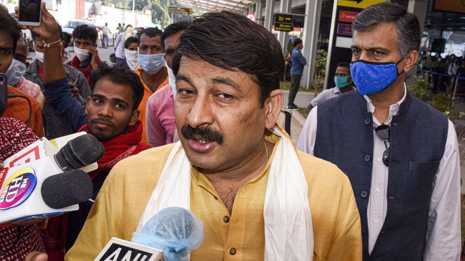 Delhi HC adjourns Manoj Tiwari's plea against summons in Sisodia's defamation case to Dec 7