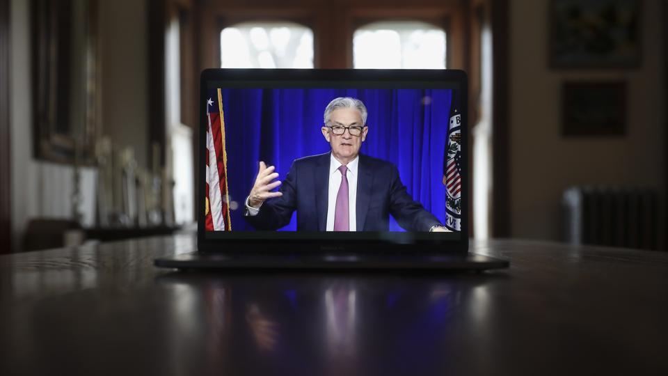 Powell busts out Fed model to defend high equity valuations