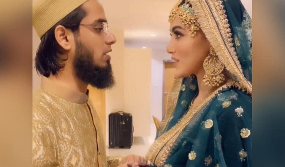 सना खान ने अनस सैय्यद से शादी करने को कहा 'मेरे जीवन का सबसे अच्छा फैसला', शादी से अनदेखा वीडियो – bollywood