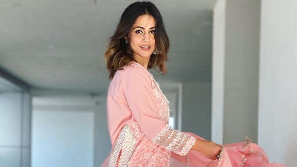 हिना खान ने बॉयफ्रेंड रॉकी जायसवाल को अपने माता-पिता से मिलवाने पर कहा: 'मैंने उन्हें समय दिया और अब वे उन्हें मुझसे ज्यादा प्यार करते हैं' – टीवी