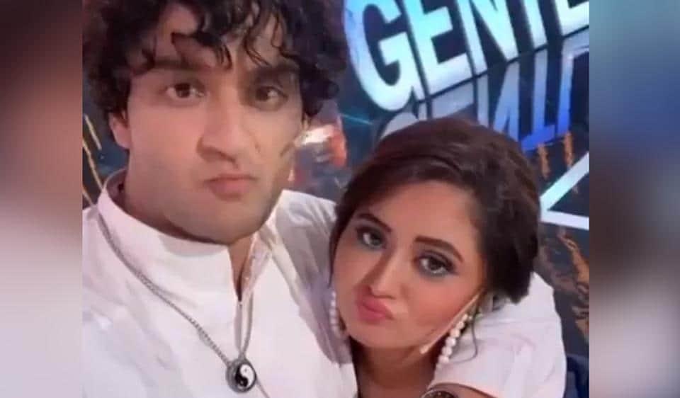 बिग बॉस 14: रश्मि देसाई ने विकास गुप्ता की माँ के बारे में बात करने के लिए अर्शी खान को थप्पड़ मारा, उनकी दिलकश प्रतिक्रिया देखें – टीवी