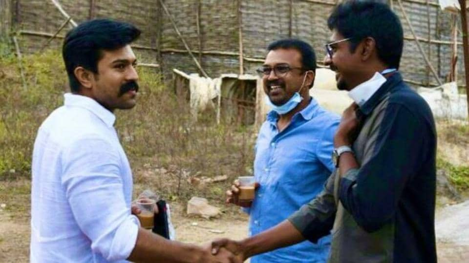 Ram Charan visits the set of dad Chiranjeevi's upcoming Telugu film Acharya, pics go viral – regional movies – Hindustan Times