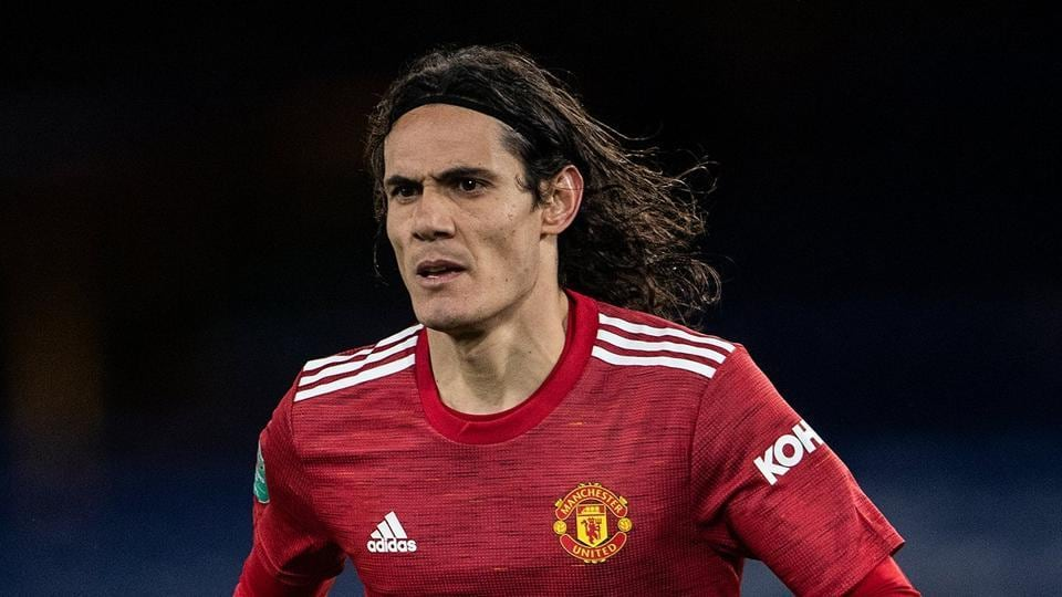 Manchester United's Edinson Cavani banned for 3 games for offensive post