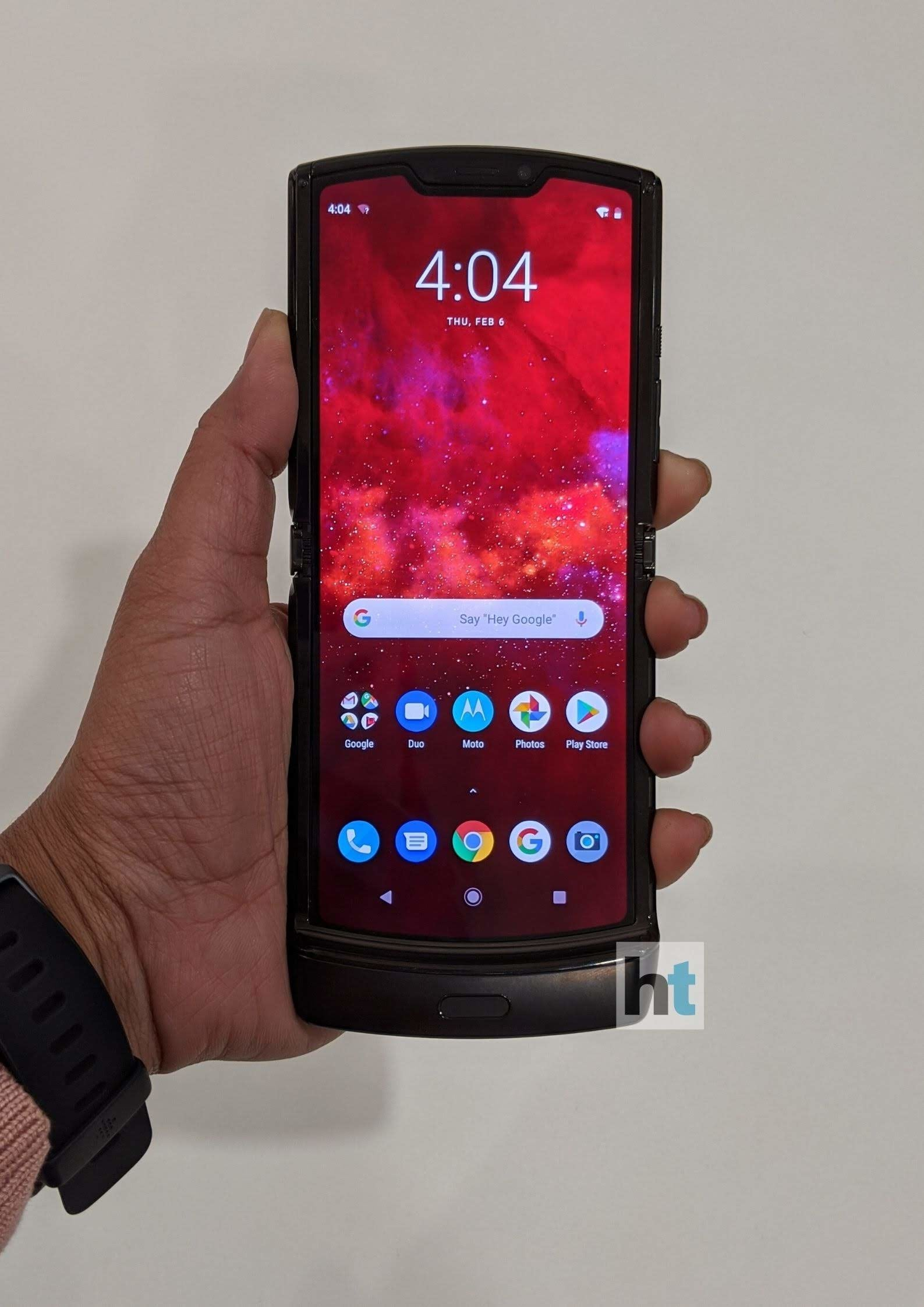There's a 2.7-inch cover screen when you un-flip (close) the phone.