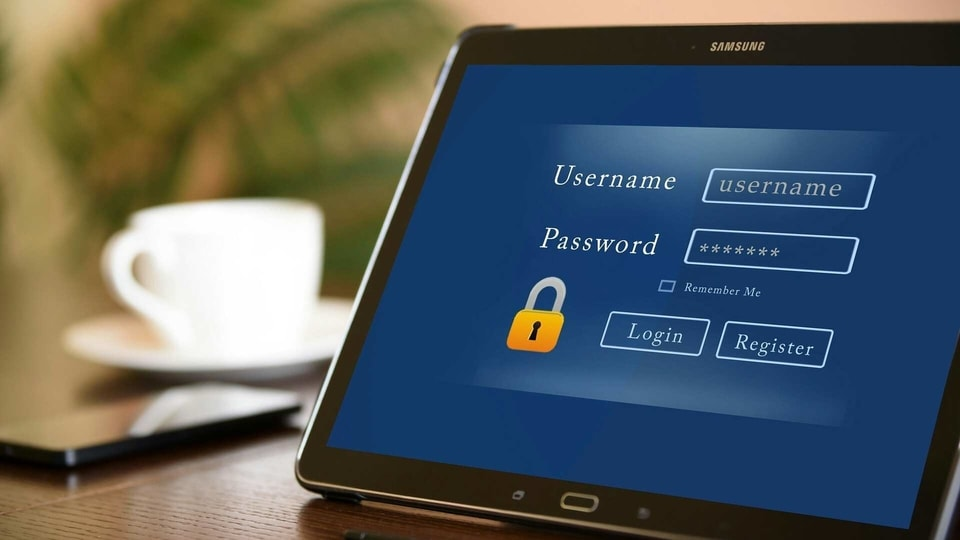 While 55% users remember their passwords, 31% have it written in a notebook, 19% in a file or document in a computer.