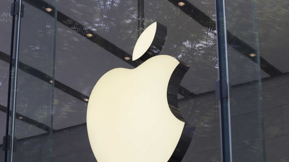 The lawsuit is led by the Employees' Retirement System of the State of Rhode Island and was made after Cook unexpectedly reduced Apple's quarterly revenue forecast by up to $9 billion, on January 2, 2019.