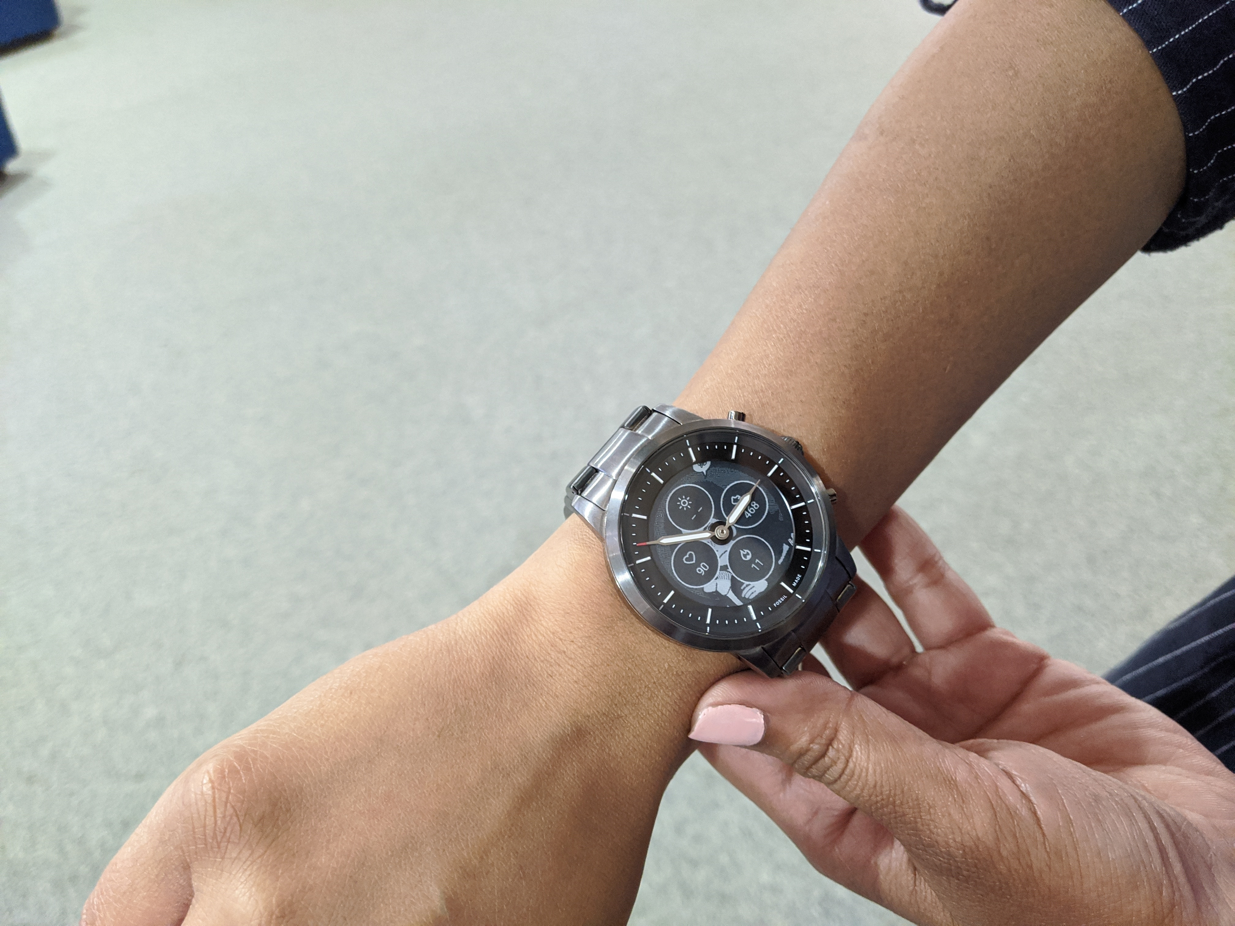 The Fossil Hybrid marries the chunky metal watch design to some smartwatch functionalities in the right way. It doesn't look anything like any other smartwatch in the market right now, which in my opinion is awesome.