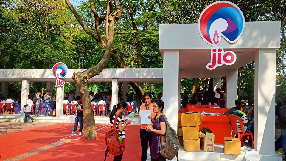 Ambani beats zero net-debt deadline with US$15b Jio flows