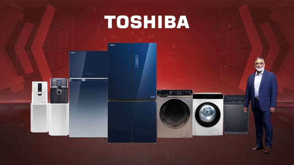 Toshiba launched four new water purifiers that are available in the price range of  <span class='webrupee'>₹</span>14,990 and  <span class='webrupee'>₹</span>27,990.