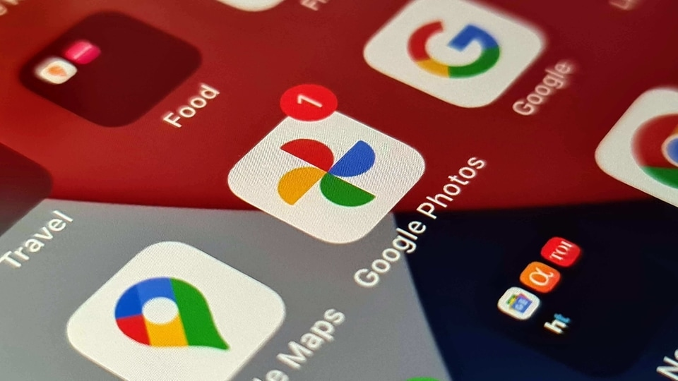 New Google Photos app logo