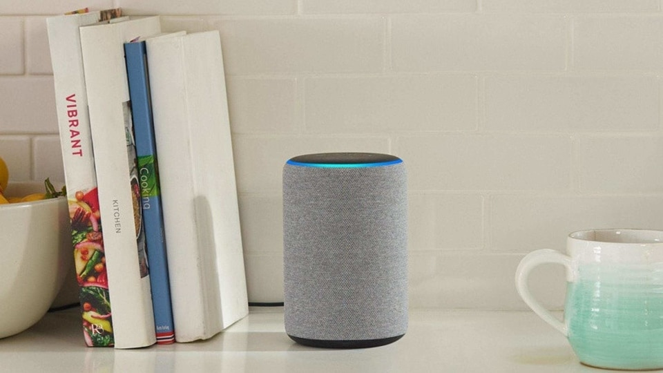 Once the 'Hey Alexa' wake word is detected, an animated blur bar will appear at the bottom of your screen indicating that Alexa is streaming your request to the cloud.