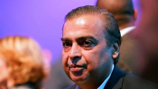The chairman of Reliance Industries, Mukesh Amabani, whose wealth surpassed Warren Buffett's last week, is now worth $72.4 billion ( <span class='webrupee'>₹</span>7,240 crores), according to the Bloomberg Billionaires Index.
