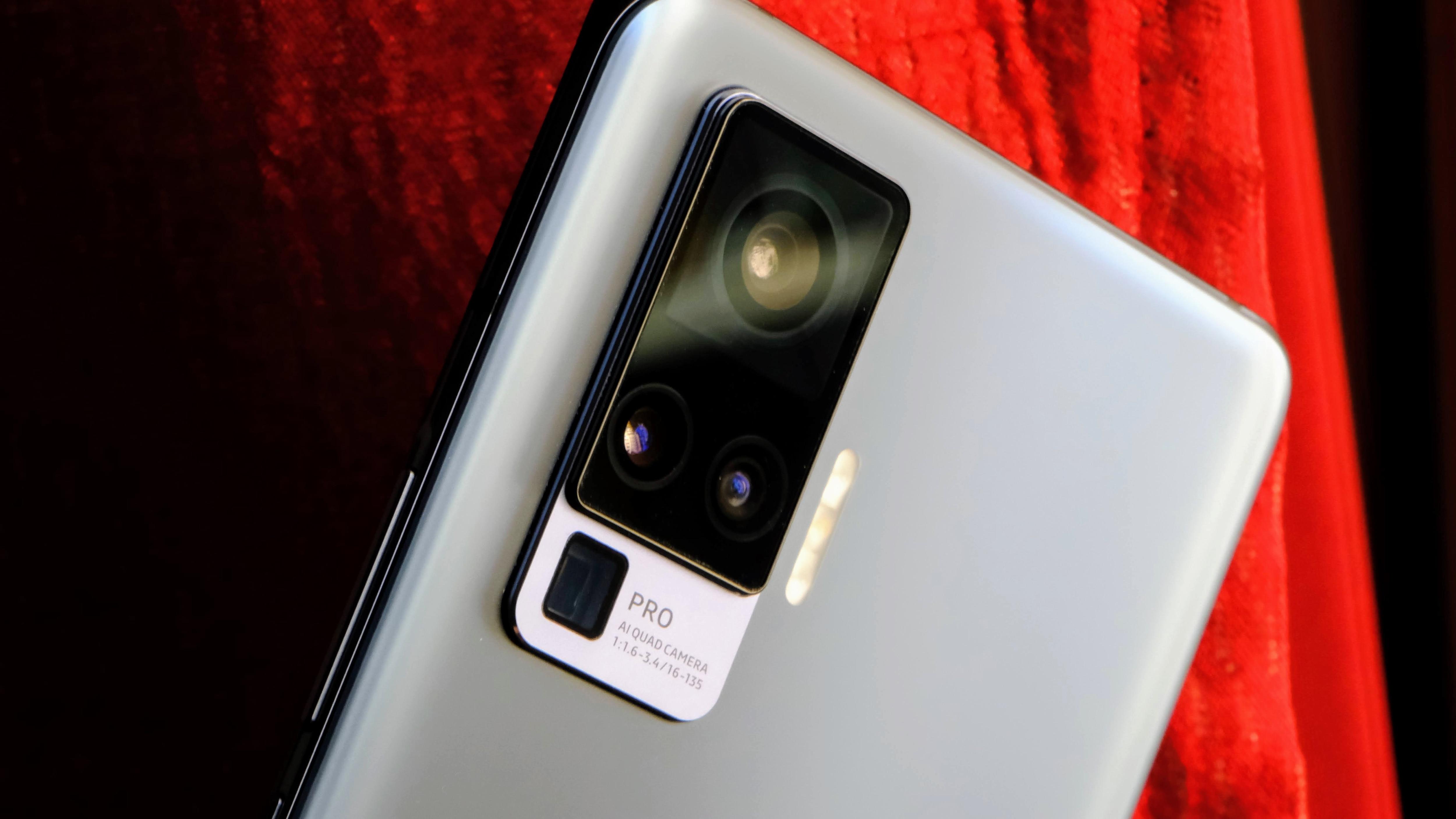 There is a 48-megapixel Gimbal camera at the back with a 12-megapixel portrait lens + 8-megapixel telephoto lens + 8-megapixel Macro lens.