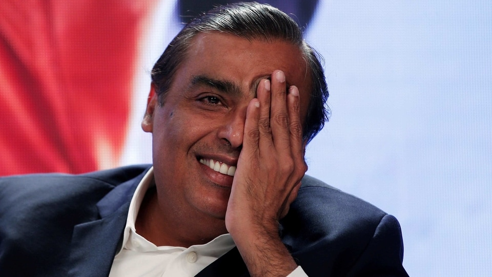 Reliance boss Mukesh Ambani, announcing the partnership at his company's annual meeting last week, said Google would build an Android operating system (OS) to power a low-cost