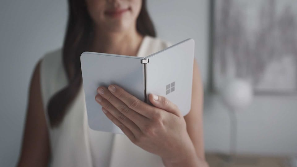 Another variant of the Surface Duo that has been spotted on the UL certifications for Canada with the model number 1930r. Reports speculate that this could be the high-end variant of the Surface Duo or its locked/unlocked version.