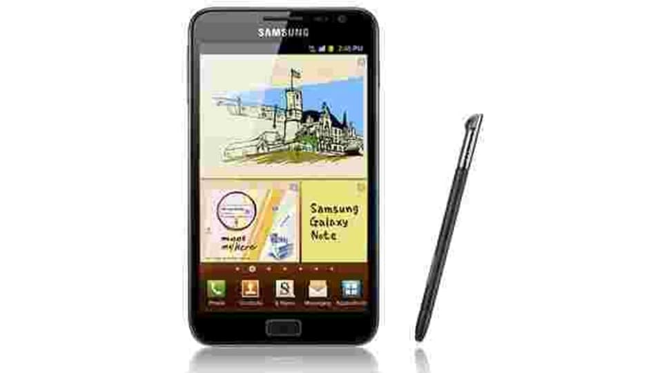 The first Galaxy Note smartphone was launched in 2011 at IFA Berlin. It has a 5.3-inch Super AMOLED display, and runs on Exynos 4210 dual-core chipset. The Galaxy Note launched with Android 2.3.5 Gingerbread and was upgraded to Android 4.1.2 Gingerbread. It also ran the old TouchWiz UI 4. Galaxy Note paved the way for phablets - a cross between smartphones and tablets.