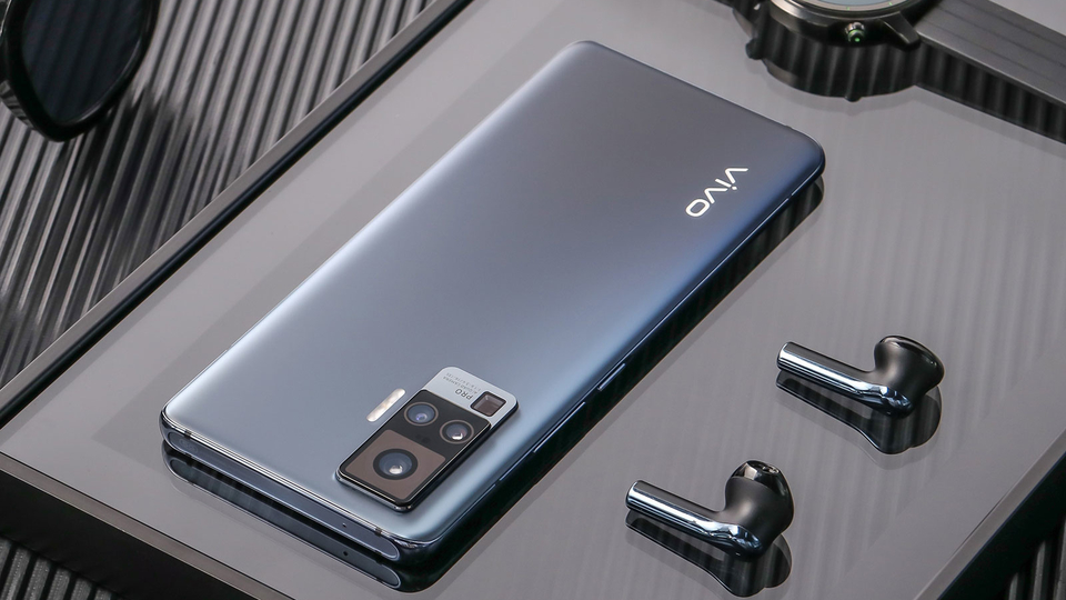 One of the videos on Weibo shows a smartphone that looks similar to the Vivo X50 (pictured above) that changes colour with the press of a button.