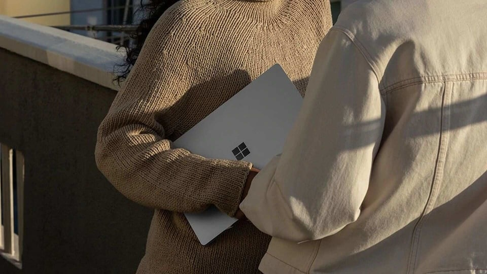 Surface clamshell PC with a 12.5-inch display in the works