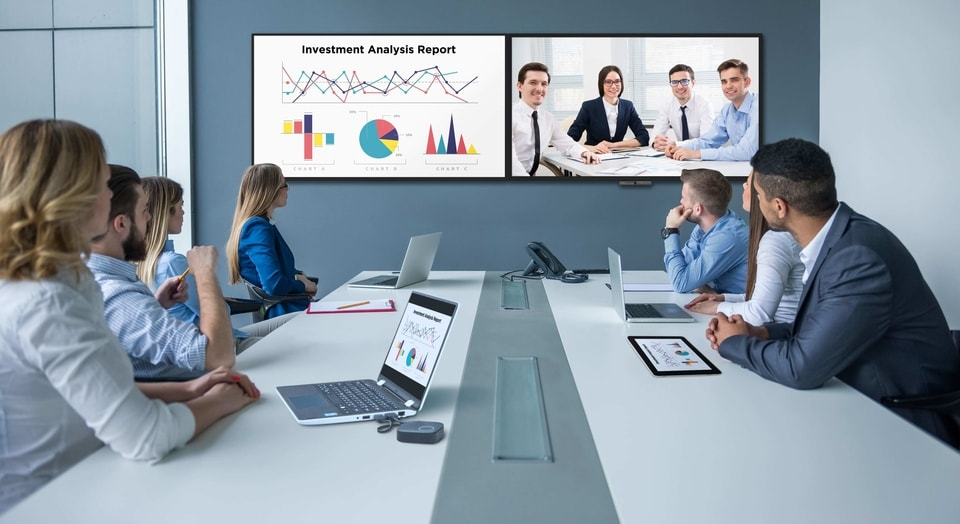 Besides Zoom Rooms, other video conferencing solutions like Cisco Webex and Microsoft Teams can also be used on BenQ's DuoBoard through the OPS slot computer.