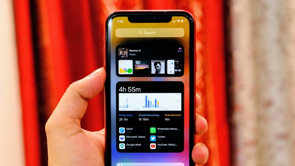 Apple fixes iOS 14 bug that reset default browser, mail choices