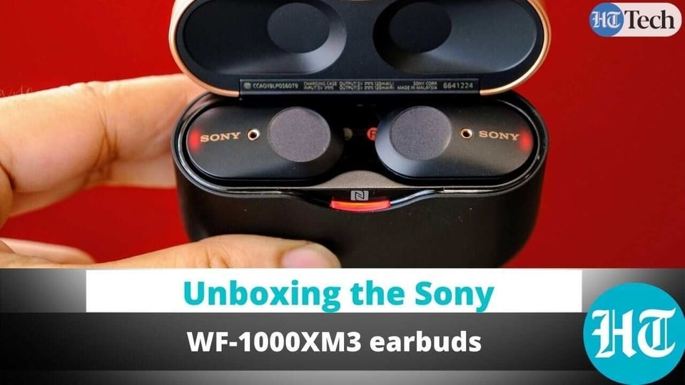 Sony WF-1000XM3 earbuds unboxing