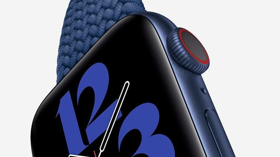 Apple Watch 6 is priced starting at  <span class='webrupee'>₹</span>40,900. The 40mm Apple Watch 6 is priced at  <span class='webrupee'>₹</span>40,900 and the 44mm is for  <span class='webrupee'>₹</span>43,900 for the GPS version.