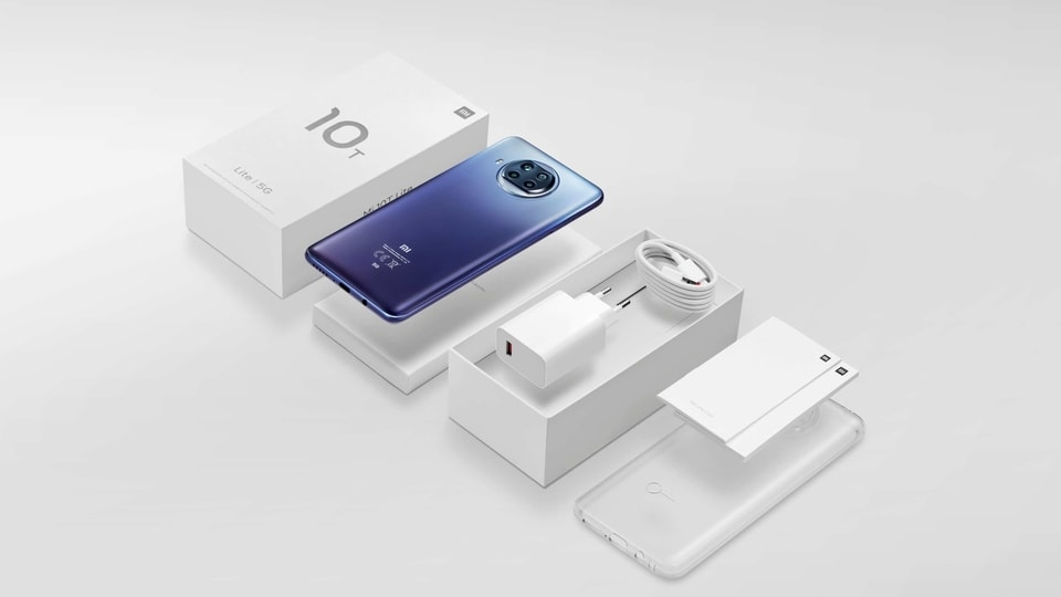 Xiaomi is claiming to have reduced the use of plastic by 60% in the packaging of the new Xiaomi Mi 10T Lite, but all the in-box accessories are intact.