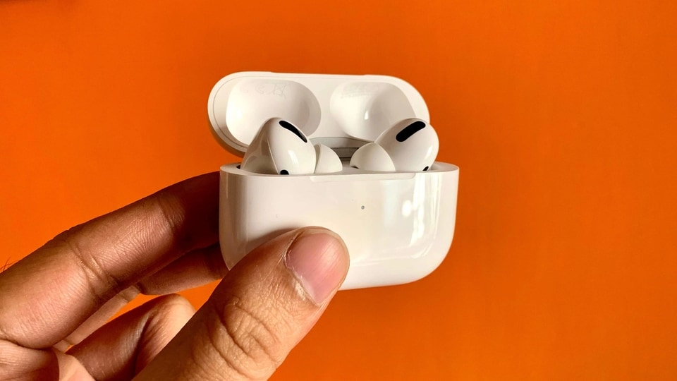 Second-generation AirPods Pro, third-gen AirPods may land in early 2021