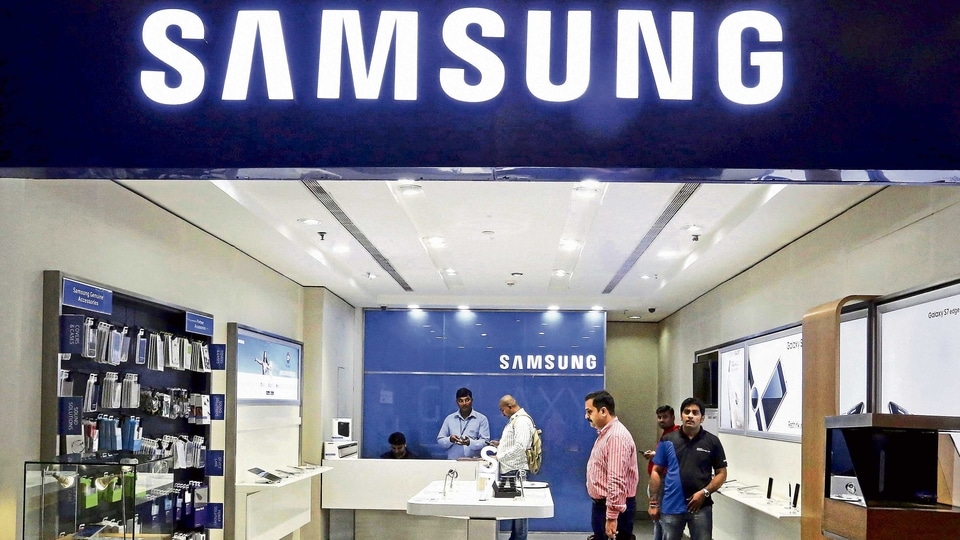 Samsung has secured top spot in India's smartphone market.