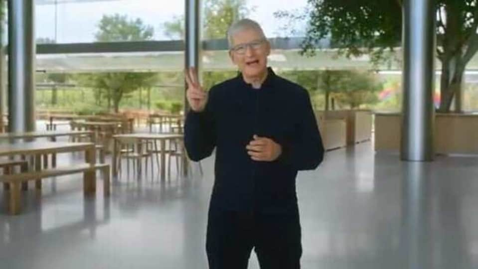 Tim Cook at Apple Event 2020.