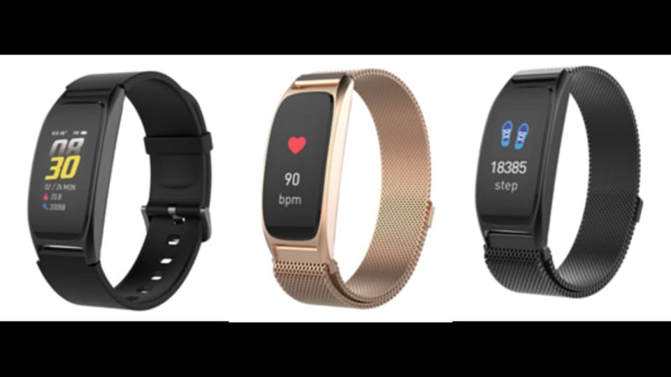 The Timex fitness band comes equipped with intelligent features like a 2.4-cm colored full touch display, five-day battery back-up, activity tracking, music control, heart rate monitor and notification alert.