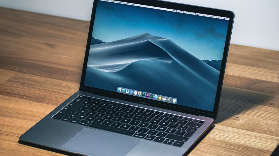 MacBook Laptops With M1 Processor Support CrossOver 20 to Run Windows Apps