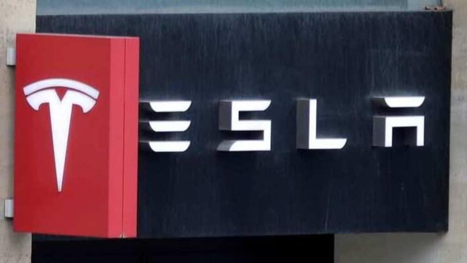 Tesla's report shows minorities make up 60% of U.S. workforce