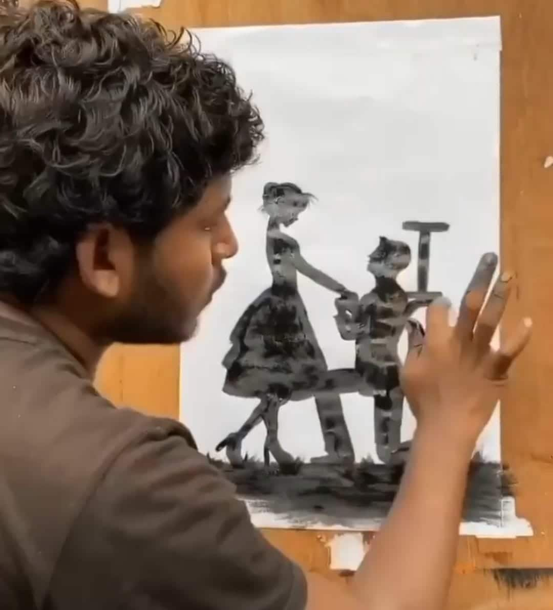 Mahesh Kapse who gained 1.3 million users on TikTok within just two months through his paintings, was another disappointed creator after the ban.