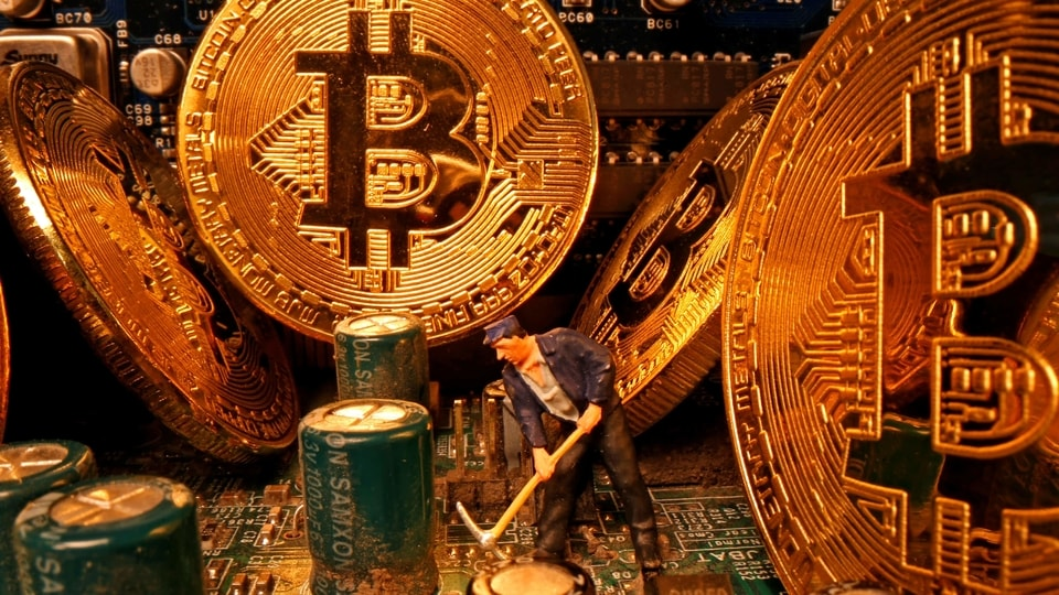 Bitcoin topped $40,000 for the first time