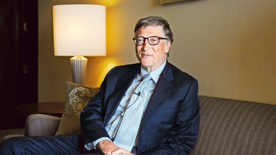 Bill Gates' Cascade Investment LLC, the No. 1 shareholder in Signature Aviation, and Blackstone are in advanced discussions with the London-based firm on a $5.17-a-share cash offer.