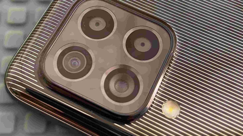 Samsung Galaxy A72 is coming soon