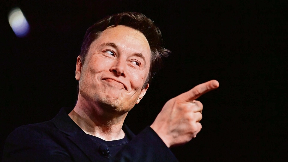 When Elon Musk is not brainstorming to save the world, he's being a Twitter troll. Let's hope he isn't doing that this time round!