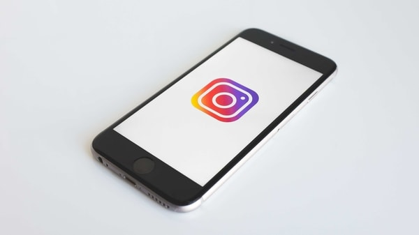 Instagram 'Remix' test, its feature of TikTok-like Duets