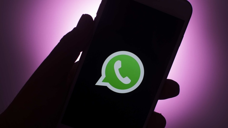 Link claiming to change Whatsapp in Pink is a virus, can hack mobile phone: Cyber experts