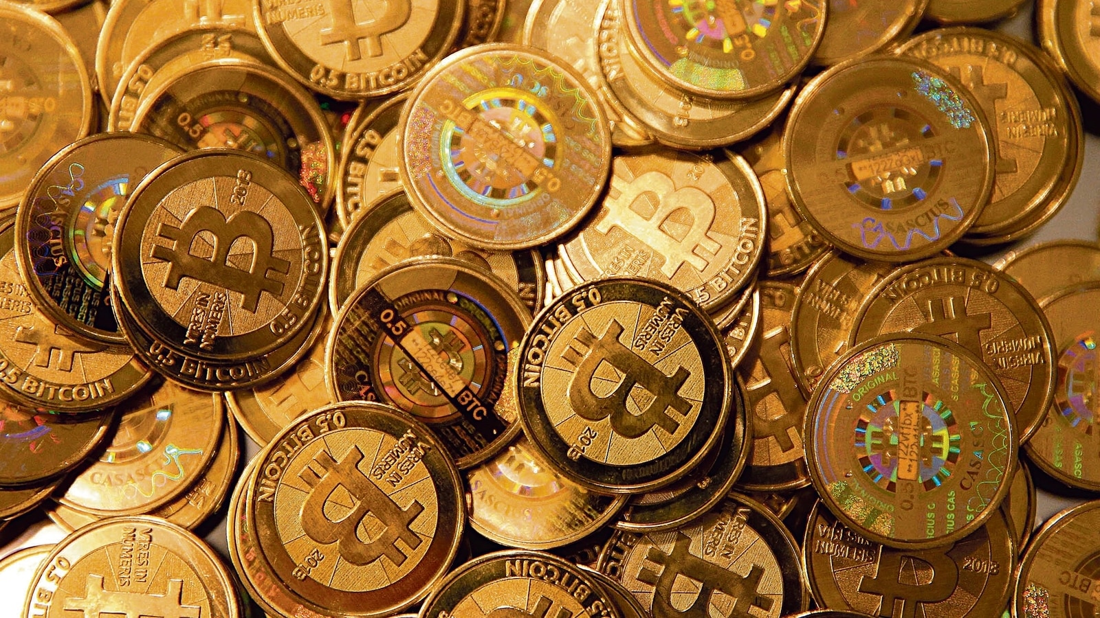 'Britcoin' not bitcoin?The UK looks for new digital currency