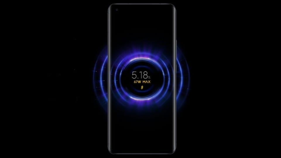 Besides the wired charging support, the Mi 11 Ultra supports 67W also supports 67W wireless charging and can reverse charge other devices at 10W speed.