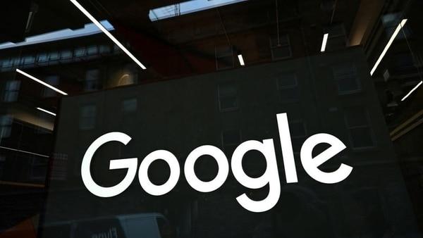 FILE PHOTO: The Google logo is seen on on the company's European headquarters in Dublin, Ireland, February 27, 2021. REUTERS/Clodagh Kilcoyne/File Photo